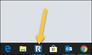 TechSmith Relay Recorder icon in a Windows Taskbar